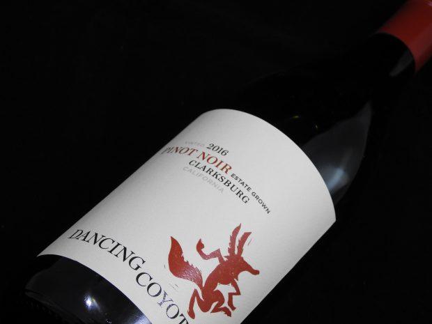 Sjældent krydret Pinot Noir