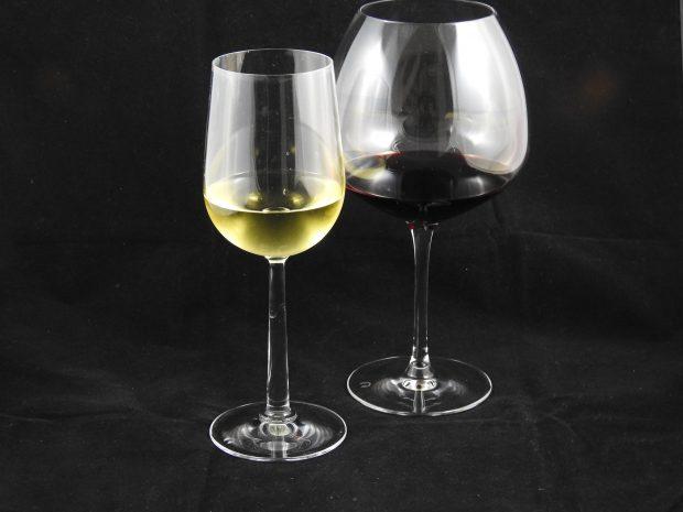 5 vine du skal smage – fra små lande