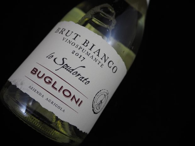 Bøvlet Brut Bianco fra Buglioni